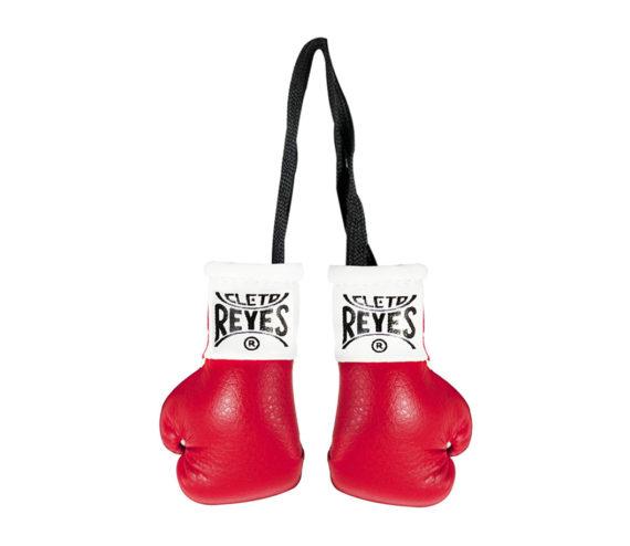 Cleto-Reyes-mini-gloves