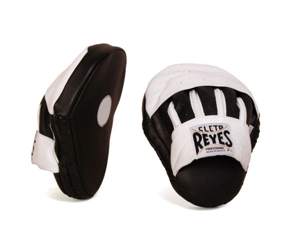 Cleto-Reyes-curved-punch-mitts