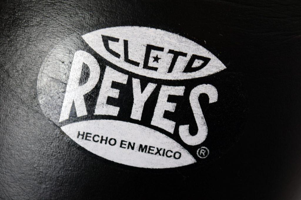 Fake Cleto Reyes Logo