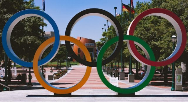 Professional boxers in the Olympics - should they be excluded?