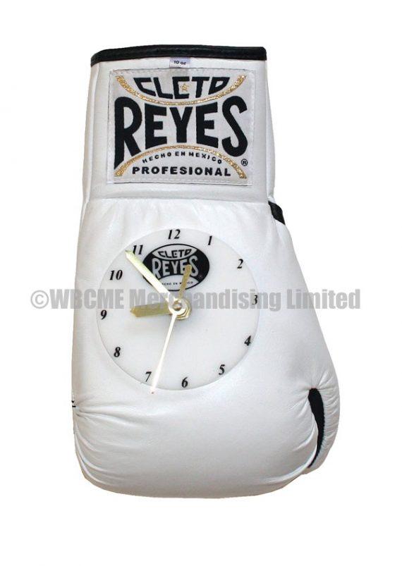 Cleto Reyes boxing glove clock